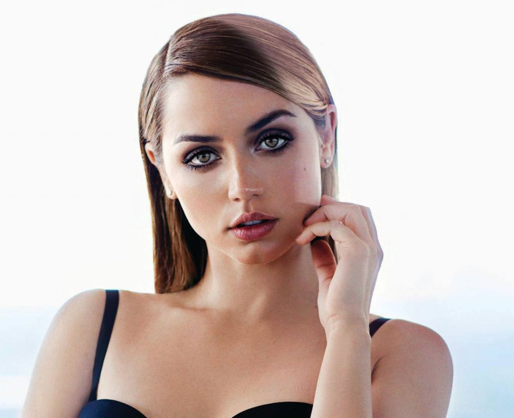 Ana De Armas Wallpaper