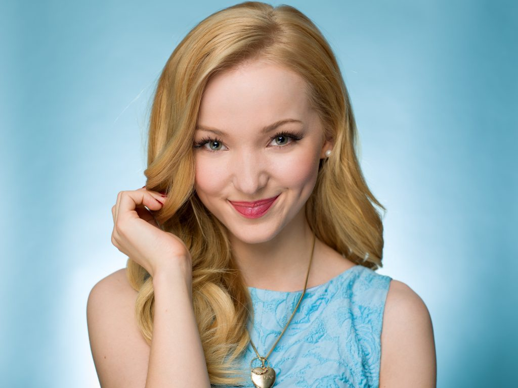 Dove Cameron Wallpaper