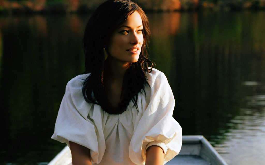 Olivia Wilde HD Widescreen Background