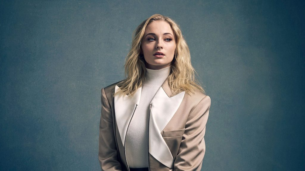 Sophie Turner HD Dual Monitor Background