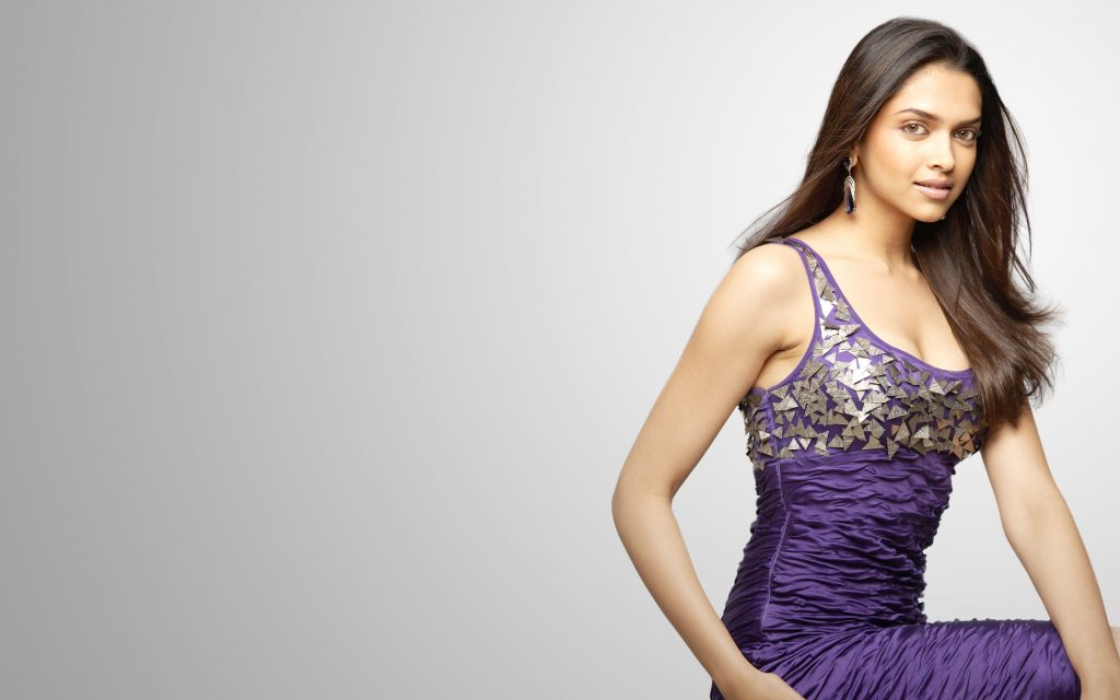 Deepika Padukone Widescreen Background