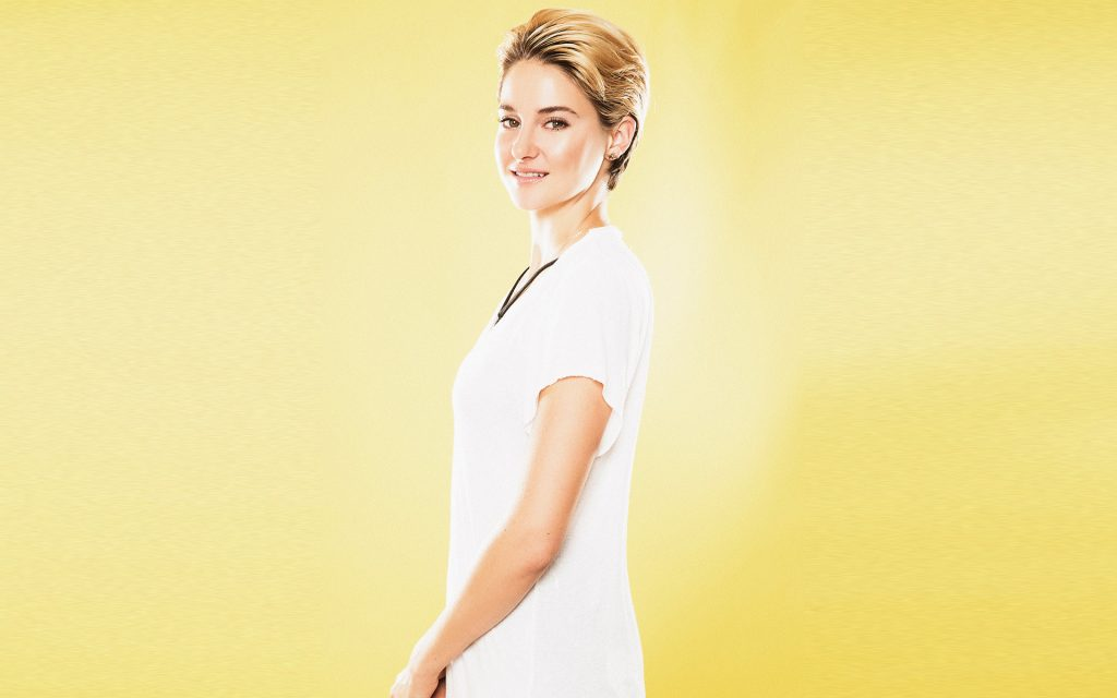 Shailene Woodley Widescreen Background
